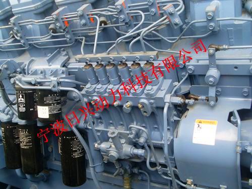 三菱R16柴油发动机喷射泵