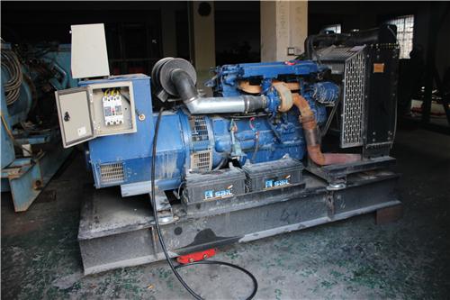 舟山发电机出租的价格之机油和冷冻液